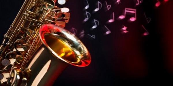 Эту мелодию знают все! Но на саксофоне она звучит божественно! — УХ ТЫ